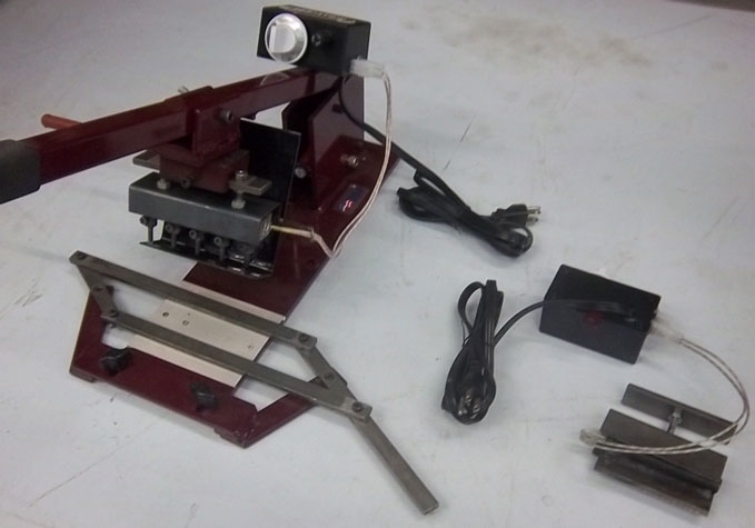 Weaver Hot Hole/ Cut Off Machine