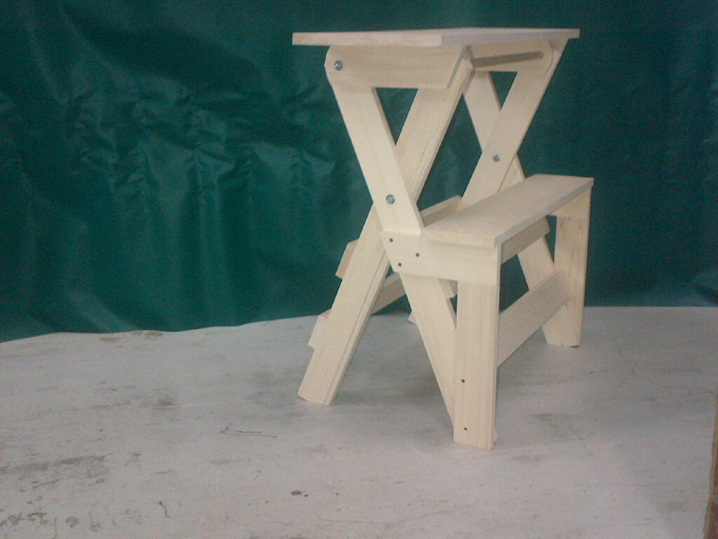 Braiding Stand with Step